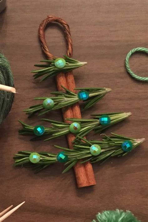 20 diy amazing christmas ornaments to make your tree one