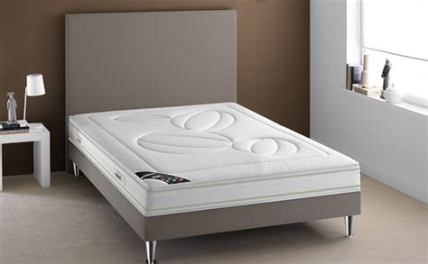 comment choisir un si鑒e auto bien choisir lit matelas et sommier sur pieds darty vous