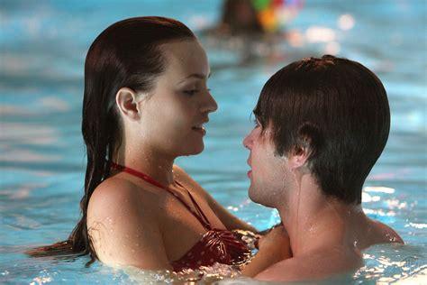 Blairnate Swimmingpool  Blair & Nate Photo (3658793) Fanpop