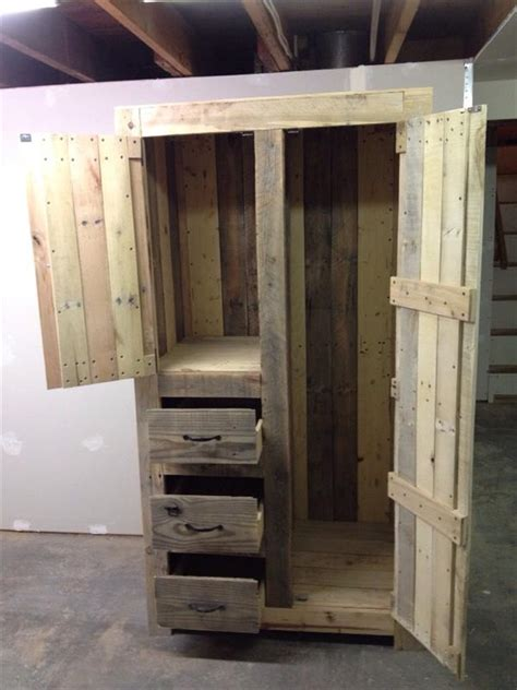 building cabinets out of pallets diy pallet cabinet for storage 101 pallets outdoor