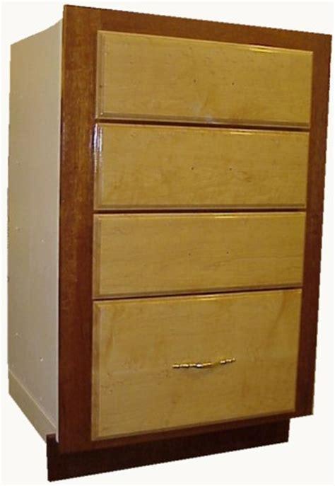 birdseye maple kitchen cabinets mountainhaven birdseye maple and honduran mahogany cabinets 4640