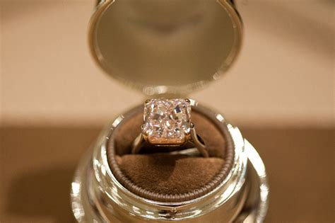 Pink Bubble Gum Diamond Worth .5 Million Makes First Appearance In Canada Gold Jewelry Designs Indian Appraisal White Wedding Dress Rose Zales Clipart Value Singapore From Dubai