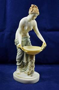 hestia, statue, ancient, greek, goddess, of, the, family, and, the