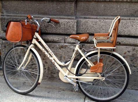 siege velo un panier pour mon vélo panier velo panier et cuir