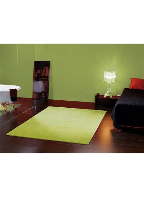 chambre turquoise et taupe deco chambre vert anis deco chambre vert sobre classique