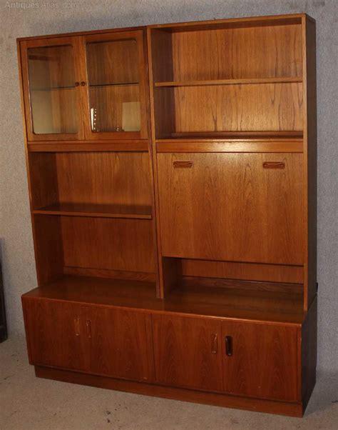 antiques atlas large teak retro  plan display cabinet