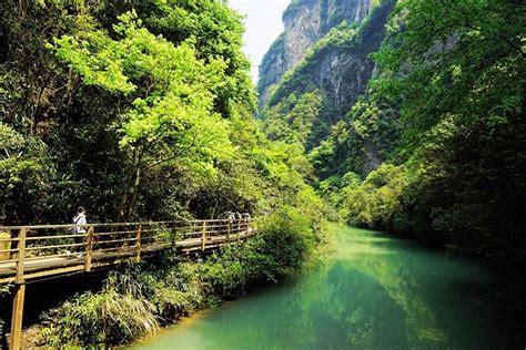 visit zhangjiajie glass bridge  zhangjiajie grand canyon