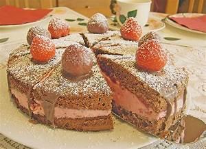 Torte Mit Erdbeeren : schoko nuss torte mit erdbeeren rezepte suchen ~ Lizthompson.info Haus und Dekorationen