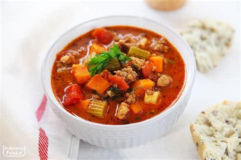 Zupa bolońska z mięsem mielonym. Pożywna i rozgrzewająca ...