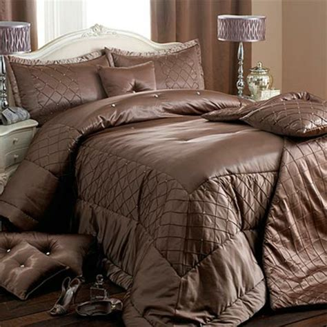 la parure de lit satin luxe et confort