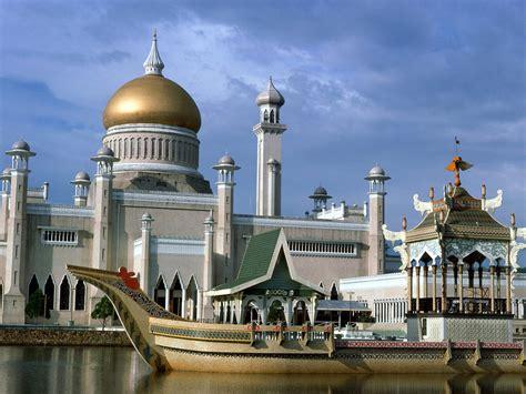 akhani satyam  wonders  malaysia architecture