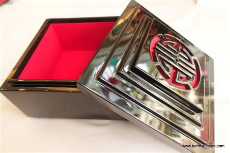 joy lacquer jewelry box