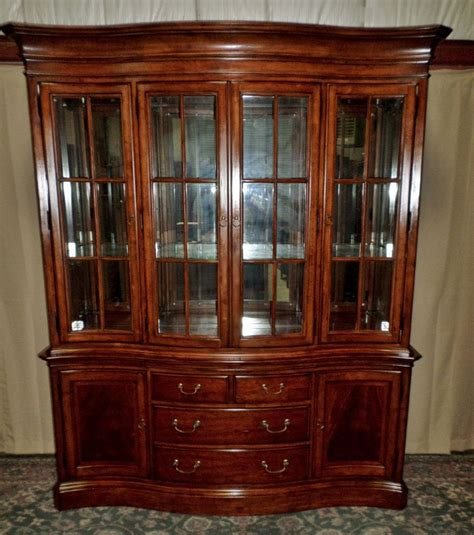 china cabinet with lights thomasville cherry china cabinet lighted hutch mirror back