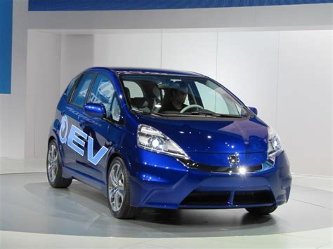 Image 2018 Honda Fit Ev Electric Car Concept Launched At