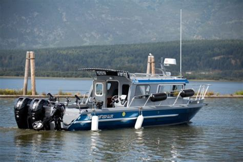 Kingfisher Offshore Boats by Research 2015 Kingfisher Boats 2725 Offshore On Iboats