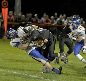 Football: Falmouth surges past Biddeford - Portland Press ...