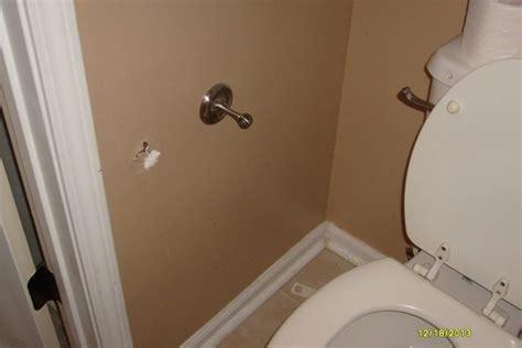 repair    fix  drywall hole