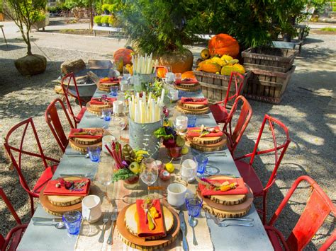 thanksgiving outdoor table decorations thanksgiving brunch entertaining ideas party themes