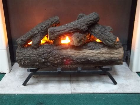 log candles for fireplace pin by chelsea garber on apartment living pinterest