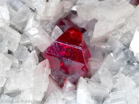 Cinnabar mineral information and data