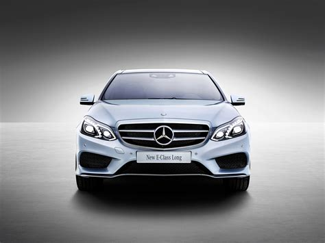 Exclusive reports and current films: Mercedes-Benz E-Class Long-Wheelbase