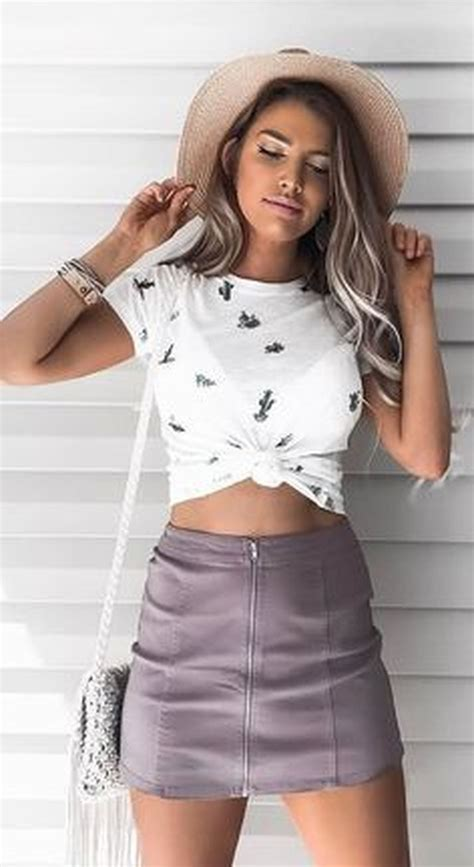 Fabulous Spring And Summer Outfit Ideas For 2018 15 - Trendwear4you.com
