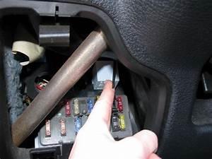 Relais Clignotant Peugeot Expert : changer relais interrupteur de clignotant peugeot 106 ~ Gottalentnigeria.com Avis de Voitures