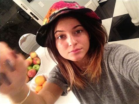 This Is What Kylie Jenner Looks Like Without Any Makeup ...