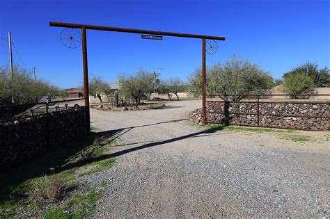 desert hills phoenix  acre homes  sale