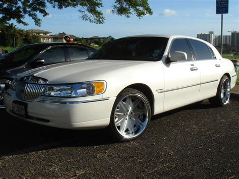Town Car by 2000 Lincoln Town Car Information And Photos Zomb Drive