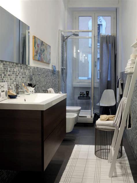 lots  storage space   bath  interior design