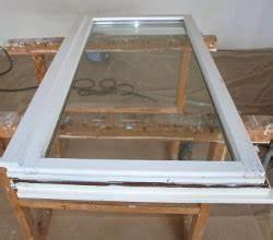 Holzfarbe Innen Weiß : braune holzfenster wei streichen abfluss reinigen mit hochdruckreiniger ~ Orissabook.com Haus und Dekorationen