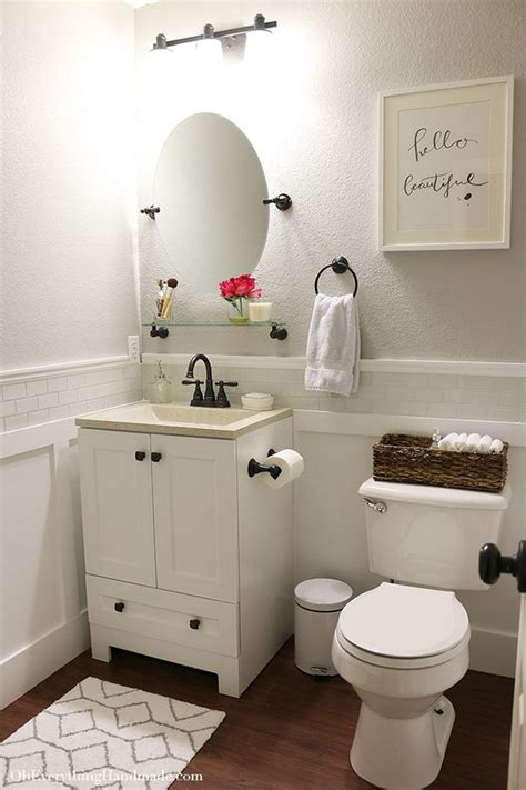 small bathroom makeovers ideas best 20 small bathrooms ideas on small master