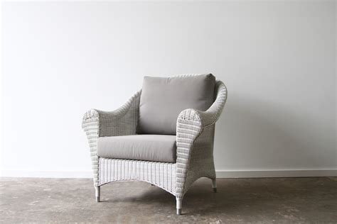 Hampshire Armchair * New White Wash.