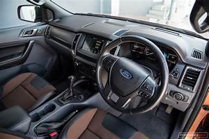 Ford Ranger Interieur : 2017 ford ranger wildtrak review video performancedrive ~ Medecine-chirurgie-esthetiques.com Avis de Voitures