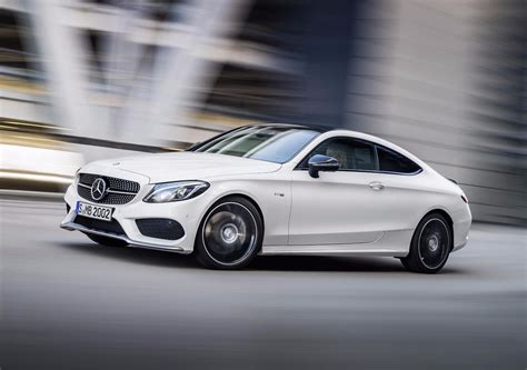 news pricing specs  mercedes amg   announced  oz
