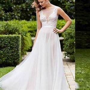 Elegant plus size lace wedding dresses vintage beach for Beach plus size wedding dresses