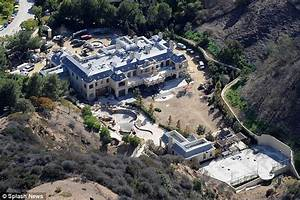 New Pictures Reveal The Sheer Opulence Of Mark Wahlberg39s