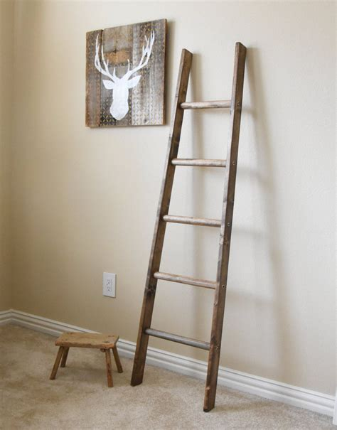 5 ft tapered rustic ladder repurposed ladder farmhouse quilt
