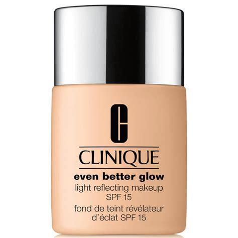 Clinique Even Better Glow™ Light Reflecting Makeup Spf15