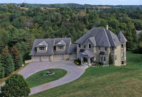 Overlooking Kettleby Village Caledon Country Homes Luxury