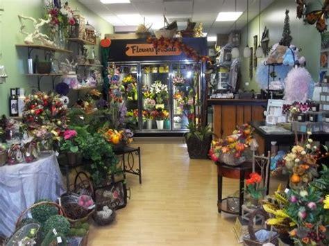 Home Decor 77598 : La Mariposa Flowers