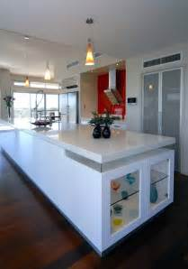 white kitchen idea glossy white kitchen design trend digsdigs