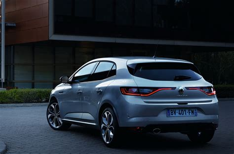 megane renault all new renault megane in fresh photos gt gets rear wheel