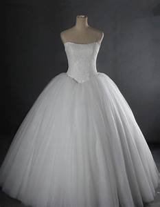 simple ball gown strapless drop waist puffy tulle lace With tulle drop waist wedding dress