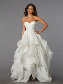 photo booth rental prices kleinfeldbridal pnina tornai bridal gown 33029398