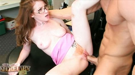 Seductive Honey Nikki Rhodes Spreads Her Pussy Nice Enough
