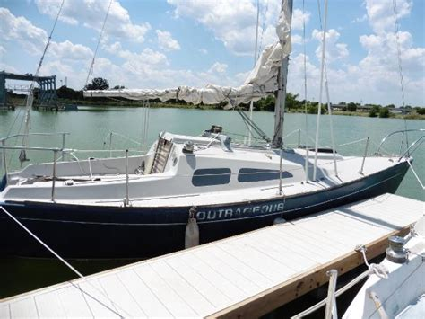 Boat Slips Rental Lake Ray Hubbard by Bayview Boats For Sale