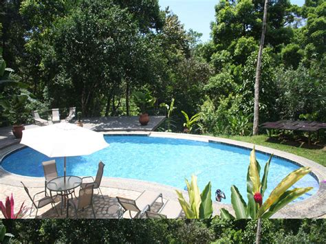 Backyard Pool Ideas For A Better Relaxing Station To Try