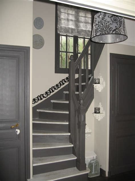idee deco cage escalier entree en  deco maison